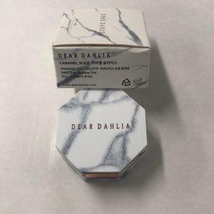 DEAR DAHLIA Makeup - DEAR DAHLIA